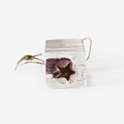 Pendant, coloured cube with star